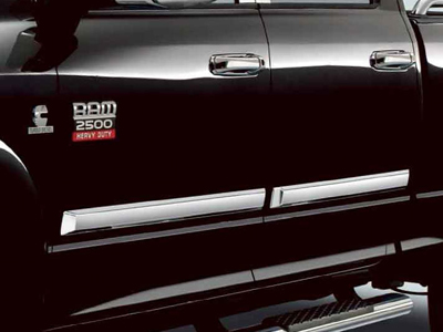 2013 Dodge Ram 2005 and Newer Chrome Door Molding 82211370AE