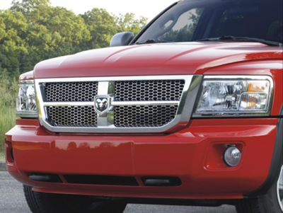 2011 Dodge Dakota Quad Cab Grille 82211504